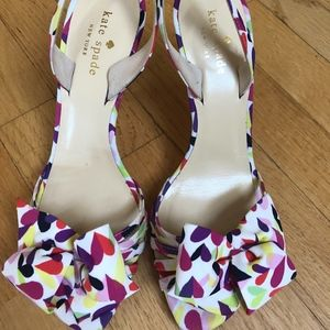 Kate Spade Heart print kitten heel sandals 7 1/2